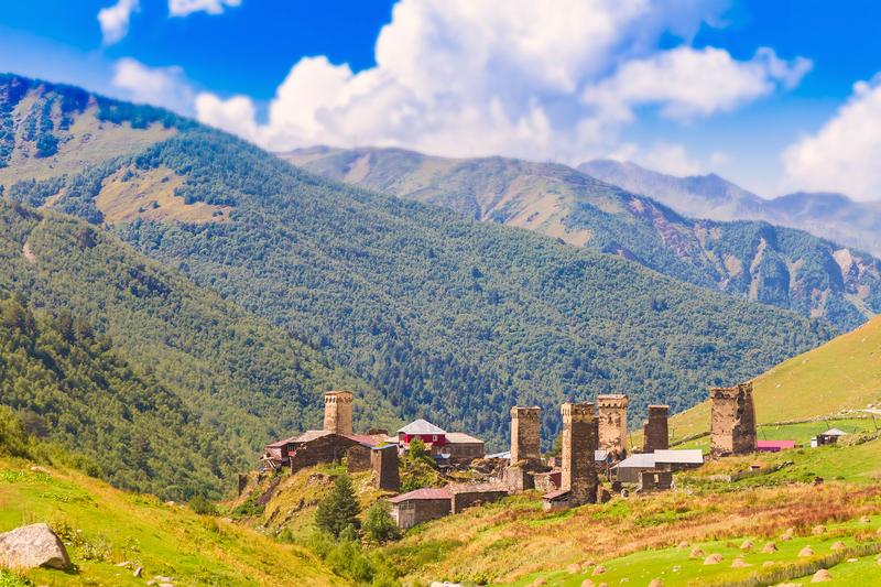 https://www.tsarvoyages-caucase.com/images/destinations/2237/dreamstime_c_oushgouli.jpg